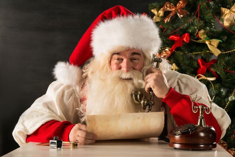 Уфимцы могут позвонить Деду Морозу