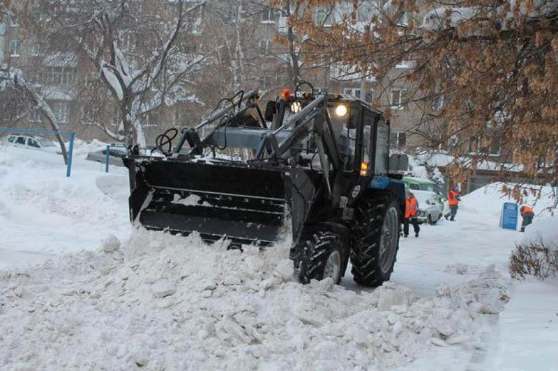 Уфимские коммунальщики просят перепарковать автомобили
