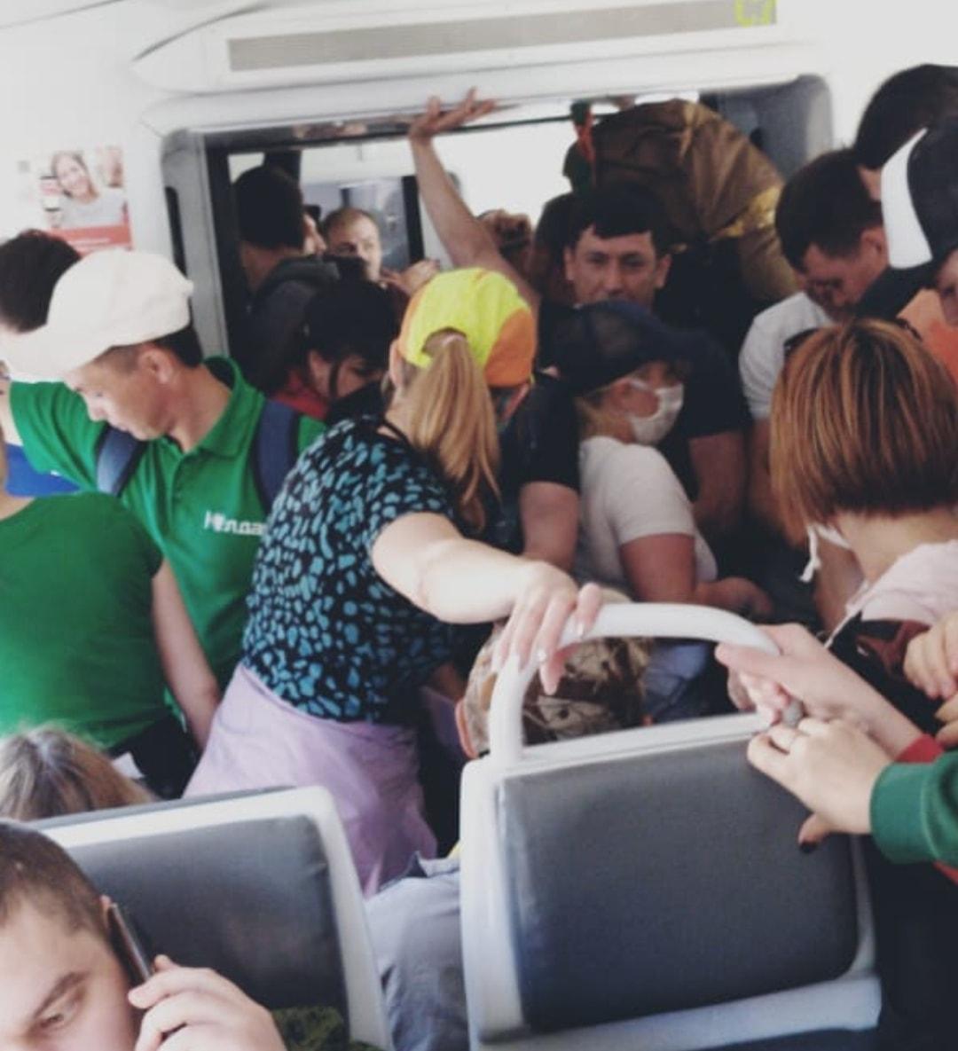 В Башкирии туристические электрички штурмуют толпами