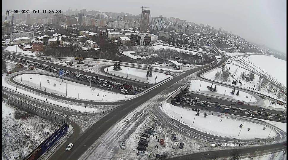 Первый день перекрытия дороги: уфимцы оказались в шоке от пробок